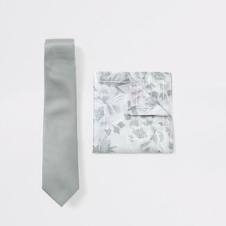 River Island Mens Green floral tie and handkerchief set