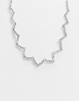 True Decadence flower necklace in silver embellishment