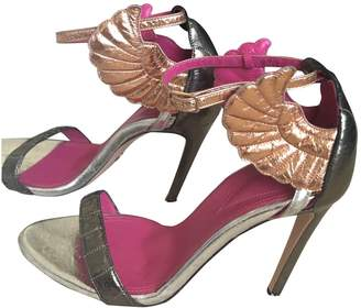 N. Oscar Tiye \N Metallic Leather Heels