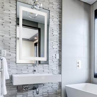 Preenex LED Bathroom Wall Mirror 24 Inch X 30 Inch Vertical / Horizontal Installation