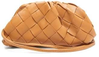 Bottega Veneta The Pouch Intrecciato Leather Wristlet Clutch - Womens - Tan