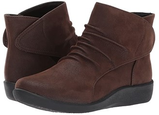 Clarks Sillian Sway (Brown) Women's Boots