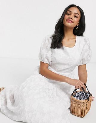 Moon River crinkle volume midi dress in white