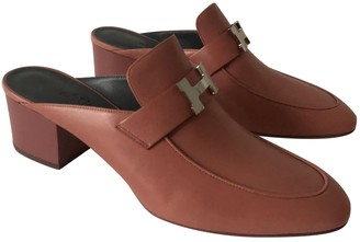 Hermes Pink Leather Mules & Clogs