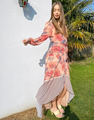 Hope & Ivy fluted sleeve wrap maxi dress with tiered hem