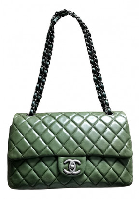 Chanel Timeless/Classique Green Leather Handbags