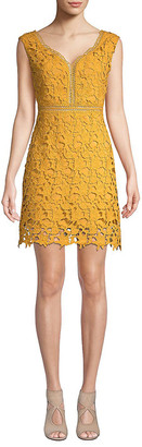 Few Moda Sleeveless Lace Dress