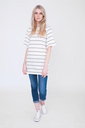 Beaumont Organic Savannah Off White Navy T Shirt - M - White/Blue