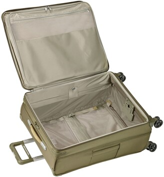 Briggs & Riley Baseline Expandable 4-Wheel Spinner Large Suitcase