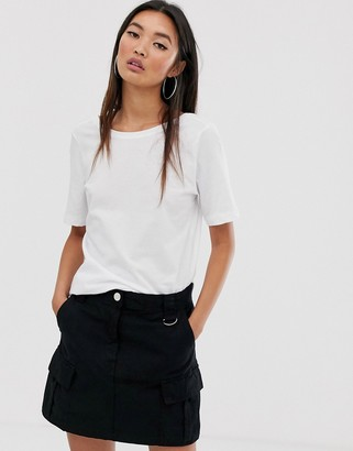 Noisy May Dring short sleeve cropped t-shirt-White