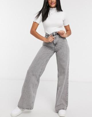 Stradivarius 90s wide leg jeans in grey
