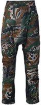 11 By Boris Bidjan Saberi camouflage drop-crotch cropped trousers - men - Cotton/Polyamide/Spandex/Elastane - S