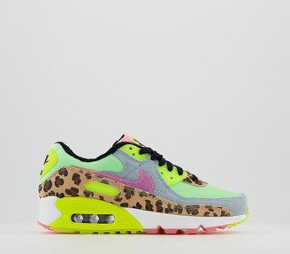 Nike 90 Trainers Illusion Green Sunset Pulse