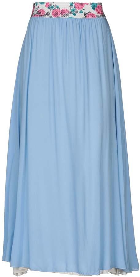 22 Long skirts