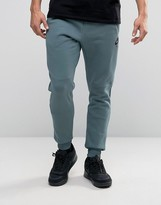 Nike Slim Joggers In Green 805158-392