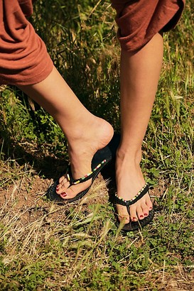 Fp Collection Menorca Thong Sandals
