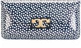 Tory Burch logo polka dot clutch - women - Leather - One Size