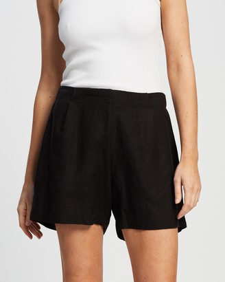 Andrea & Joen - Women's Black High-Waisted - Iris Bermuda Shorts - Size L at The Iconic