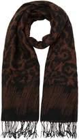Linea Lily leopard scarf