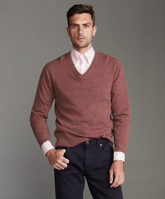 Todd Snyder Cashmere V-neck Sweater in Burnt Rose