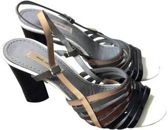 Marc Jacobs Beige Patent leather Sandals