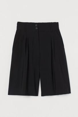 H&M Wide Bermuda shorts