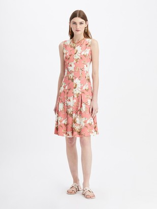 Oscar de la Renta Daisy and Vine Pleated Crepe Dress
