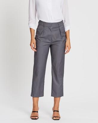 Spurr Pleat Front Cropped Pants