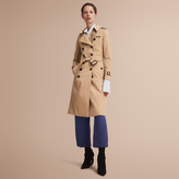 Burberry The Chelsea ? Trench