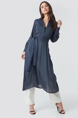 NA-KD Button Up Tie Waist Dress Blue