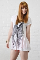 Lauren Moshi Piper Gypsy Girl Swing Tee in White