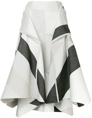 132 5. ISSEY MIYAKE Printed Puffball Trousers