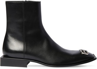 Balenciaga Zip-Up Leather Ankle Boots W/Logo