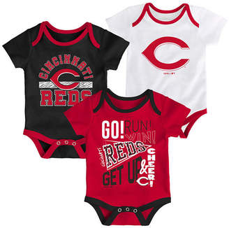 Outerstuff Baby Cincinnati Reds Newest Rookie 3 Piece Bodysuit Set