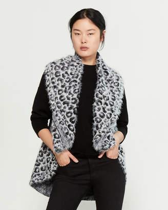 Sioni Cheetah Eyelash Shrug