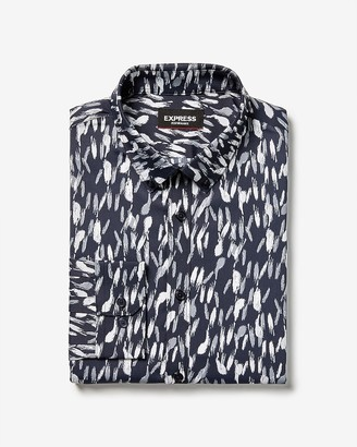 Express Slim Printed Button-Down Wrinkle-Resistant Performance Dress Shirt