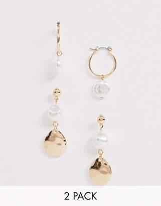 New Look 2 pack faux pearl mini hoop and disc earrings in gold
