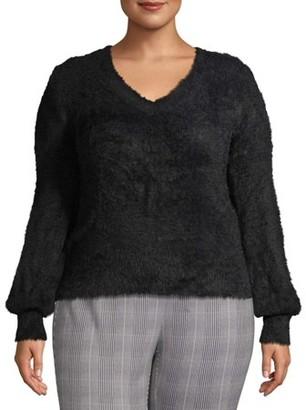 No Boundaries Juniors' Plus Size Super Soft V-Neck Eyelash Sweater