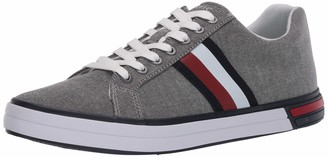 Tommy Hilfiger Men's Roux3 Sneaker