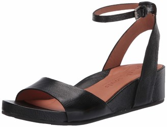 Gentle Souls Womens Two-Piece Sandal Black 9 Medium