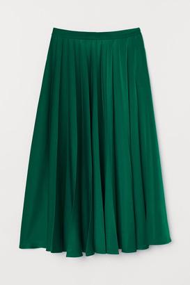 H&M Pleated Satin Skirt - Green