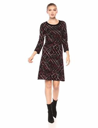 Taylor Dresses Women's Printed Fit and Flare Sweater Dress