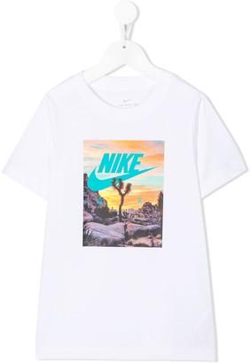 Nike Kids Older Kids photographic-print T-Shirt