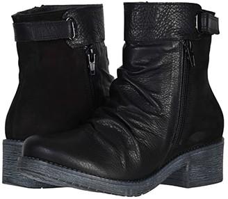 Naot Footwear Artsy (Soft Black Leather/Black Velvet Nubuck) Women's Shoes