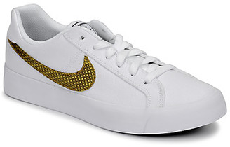 Nike COURT ROYALE AC SE W women's Shoes (Trainers) in White