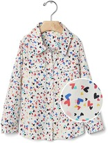 Gap Confetti heart button shirt