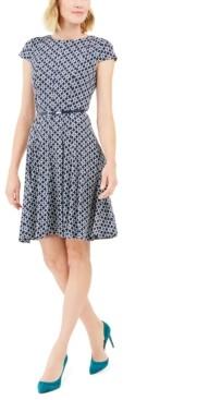 Jessica Howard Petite Belted Geo-Print Dress