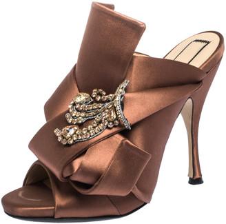 N°21 N21 Brown Embellished Satin Knot Mules Sandals Size 38
