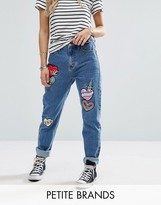 Glamorous Petite Multi Badge Detail Mom Jeans