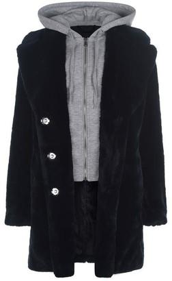 KENDALL + KYLIE KK Faux Fur Coat LdC99